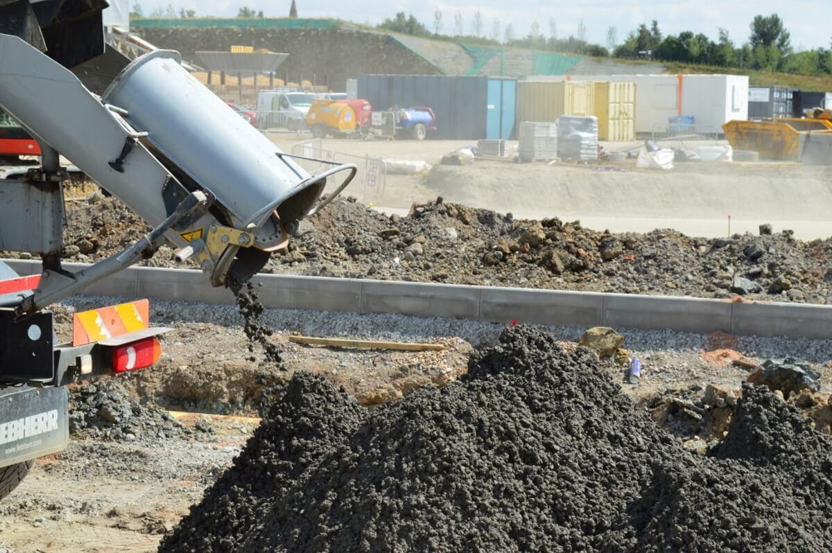 Заливка тощим бетоном чем производить укладку бетонной смеси